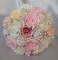 VINTAGE BRIDE BROOCH PEARLS PINK IVORY PEACH WEDDING FLOWERS BOUQUET POSIE ROSES